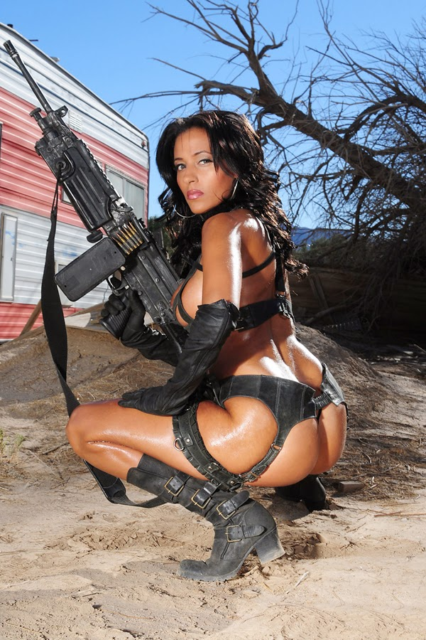 Spurs Realm: Girls & Guns