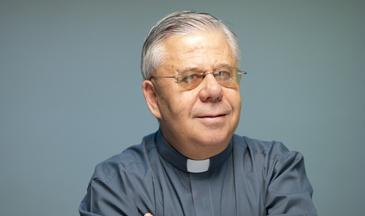 Incienso y Varal: Francisco Aranda, párroco de Santiago ...