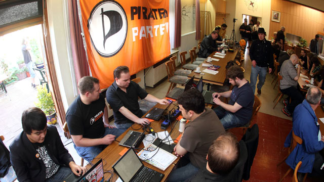 https://proxy.duckduckgo.com/iu/?u=http%3A%2F%2Fa.abcnews.com%2Fimages%2FInternational%2Fnc_pirate_party_meeting_nt_120302_wmain.jpg&f=1