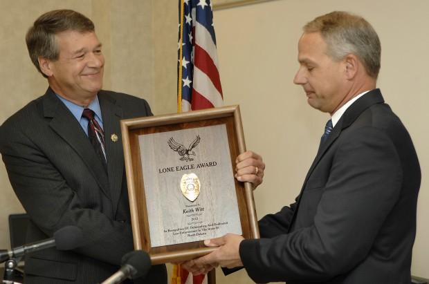 Witt receives peace officer award