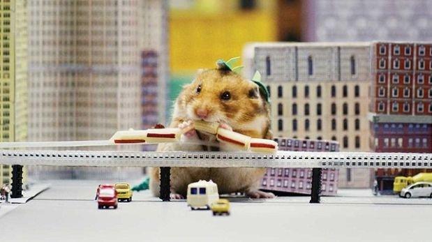YouTube: Hamster se transforma en Godzilla y destruye una ciudad [VIDEO] | Youtube | Redes ...