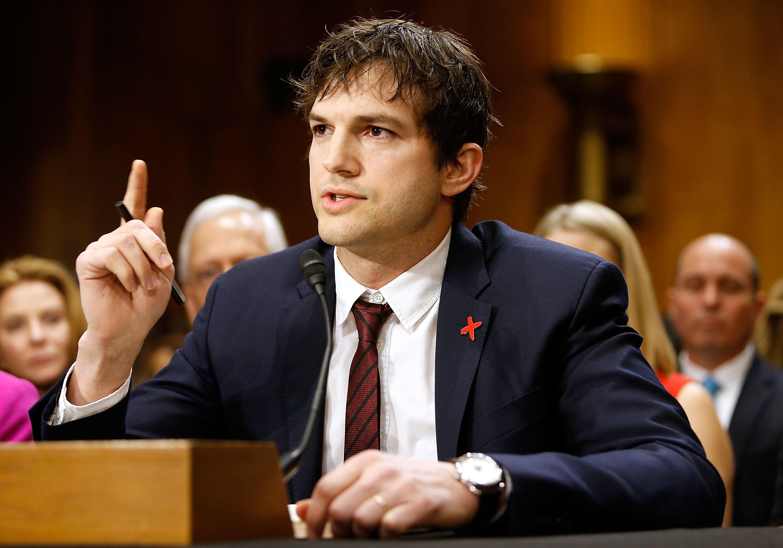 Le discours poignant d'Ashton Kutcher contre l ...