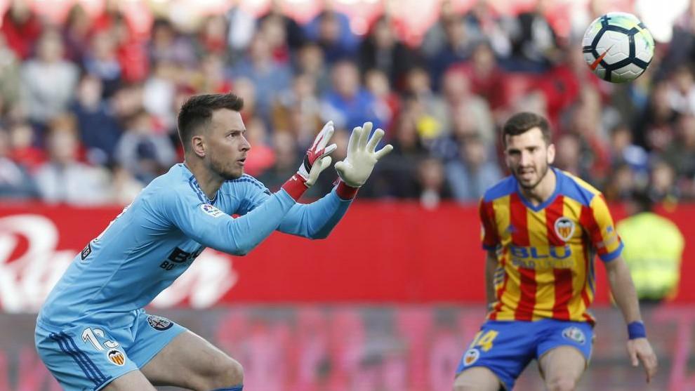 Valencia CF: Neto: el muro de LaLiga está en Valencia ...