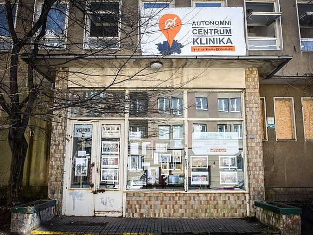 https://proxy.duckduckgo.com/iu/?u=http%3A%2F%2Fg.denik.cz%2F63%2F24%2Fpraha-zizkov-autonomni-socialni-centrum-klinika_denik-630.jpg&f=1