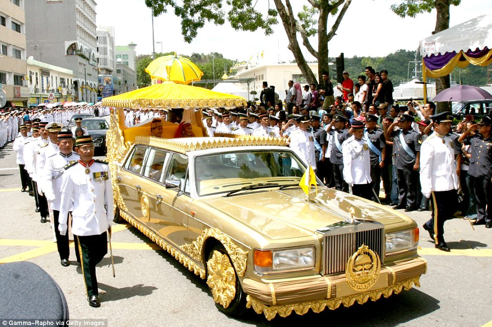 The world's most outrageous limousines revealed | Daily ...