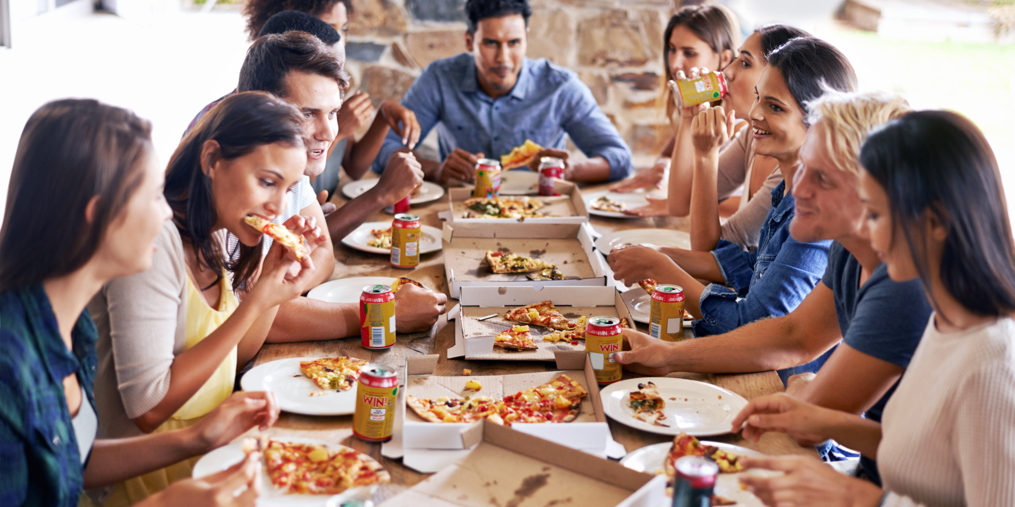 How to Cook Italian Pizza Capricciosa in Aussie Barbecue ...