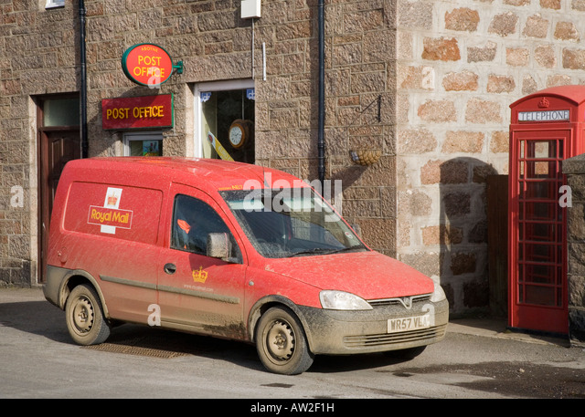 Royal Mail Vans Stock Photos & Royal Mail Vans Stock ...