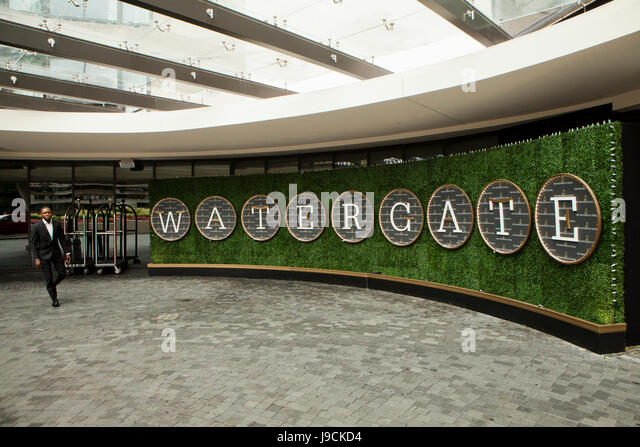 Watergate Hotel Entrance Stock Photos & Watergate Hotel Entrance Stock Images - Alamy