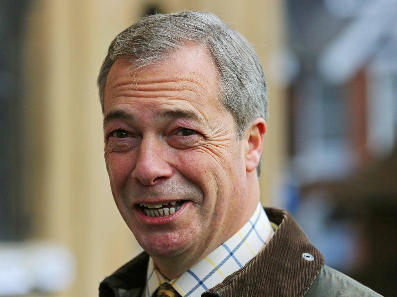 Nigel Farage launches attack on Jeremy Corbyn's dress ...