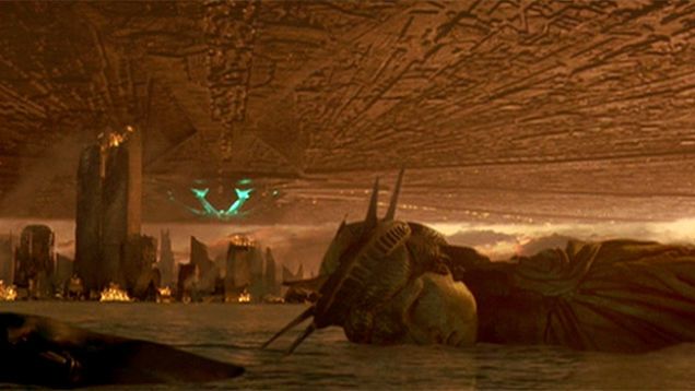11 Times the Statue of Liberty Got Destroyed in Movies | Julep by Triplemint.