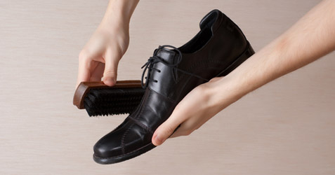 How to shine your dress shoes, shoe shine tips, men's ...