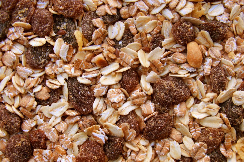 Muesli vs. Granola,   Foodsite Magazine