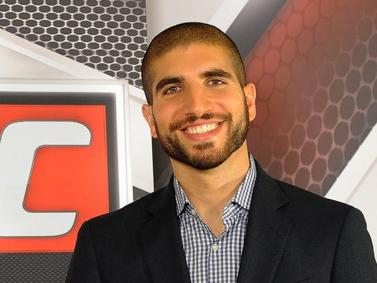 UFC: 'Banned' reporter Ariel Helwani's version of story ...