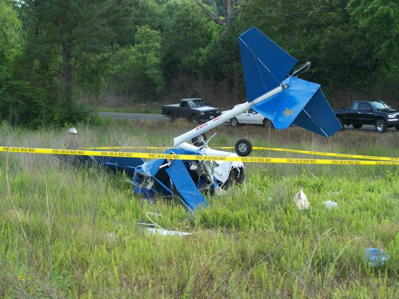5-20-06 Ultralight Aircraft Crashes