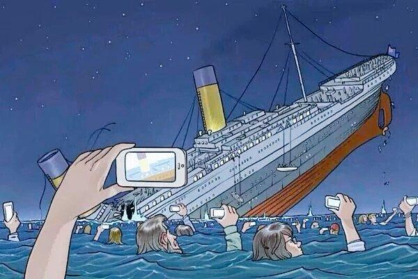 Lapnayh PopMusic — Los mejores Memes de Titanic