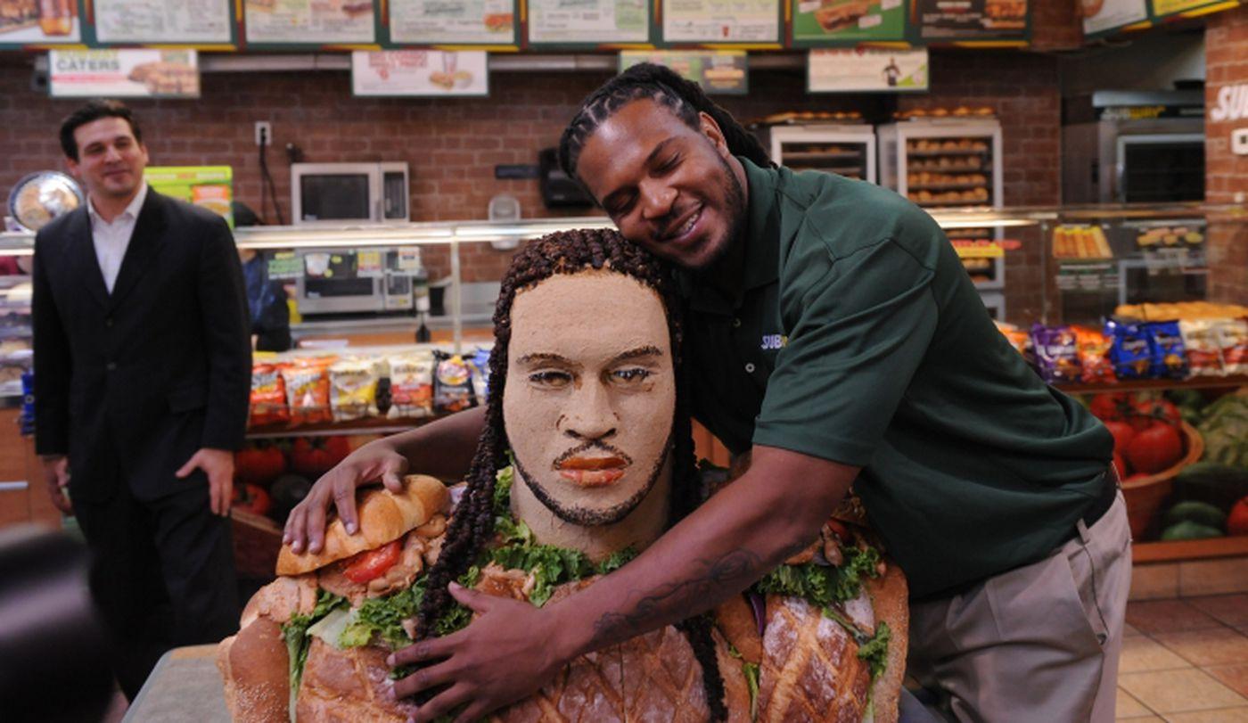 Georgia linebacker Jarvis Jones gets Subway statue, says ...