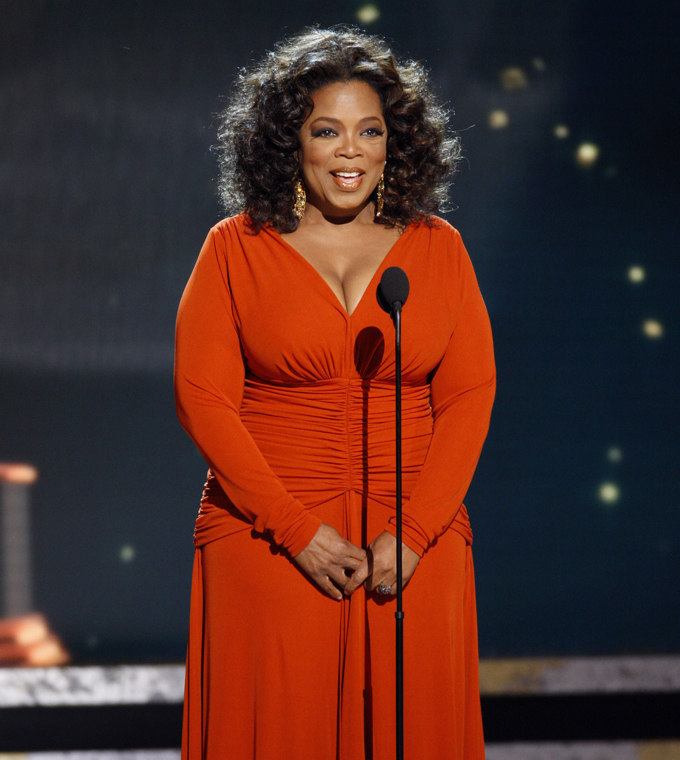 Oprah Winfrey Says She Weighs 200 Pounds | Wonderwall.com