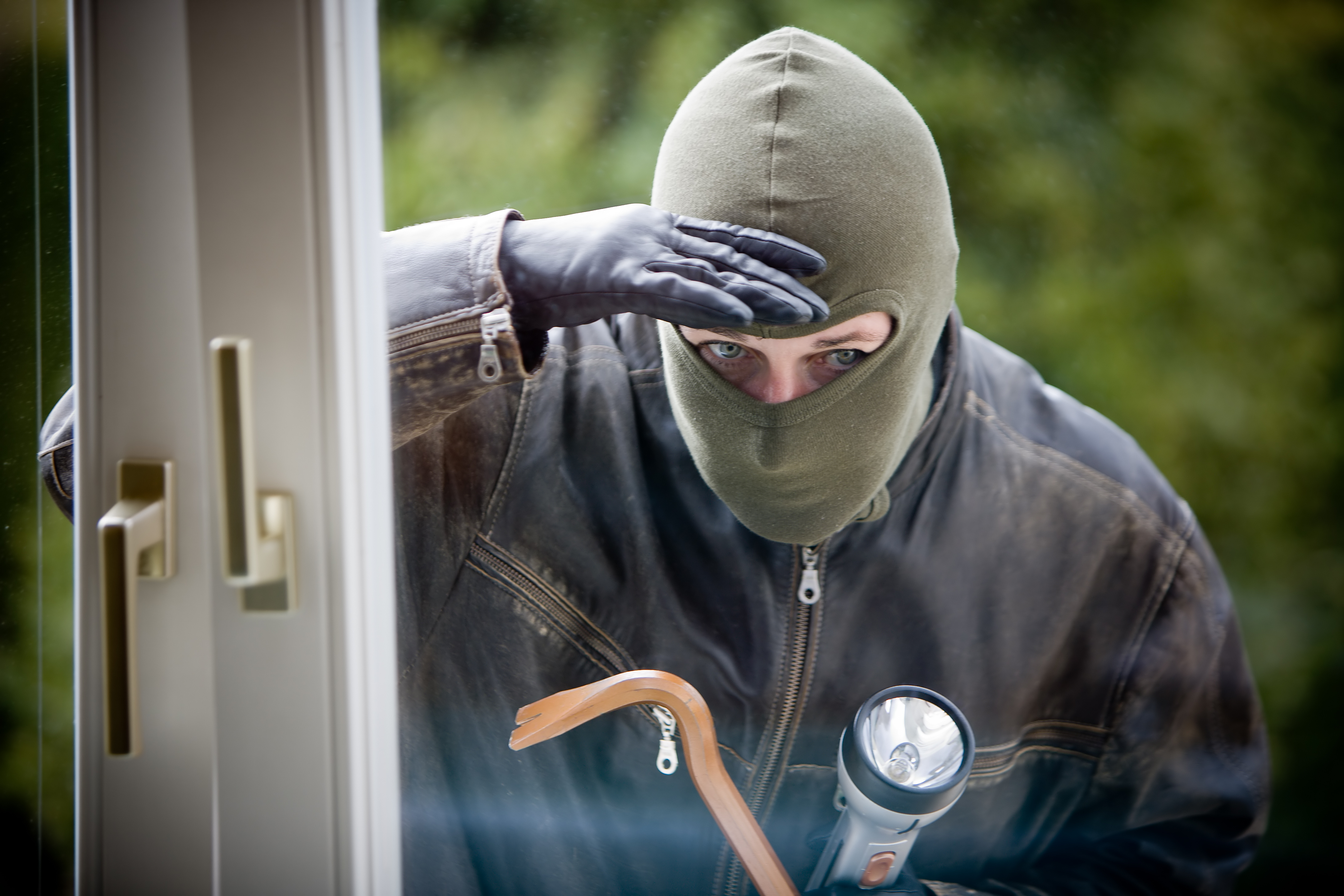 Burglary Tips: Protect Property | Youngs Insurance | Ontario