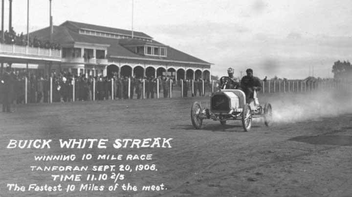 1908-buick-white-streak.jpg&f=1