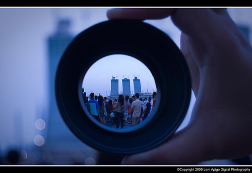 Looking through the eyes of lense | While we are waiting ...