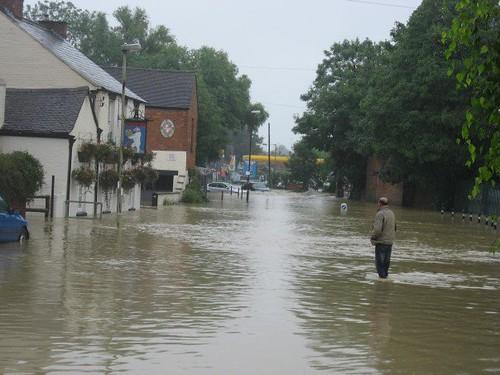 Tewkesbury flood 1 | Damage from the Tewkesbury Floods of ...