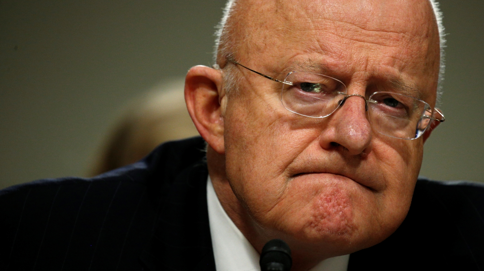 Trump asked intelligence chief James Clapper to refute ...