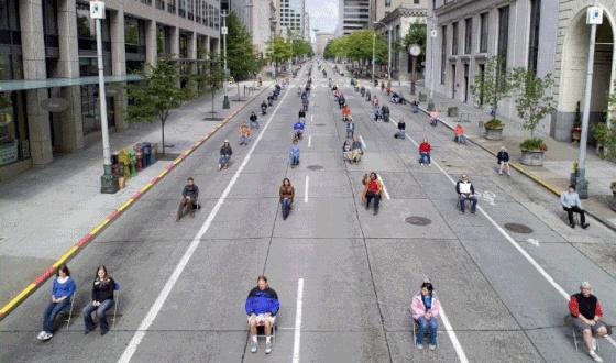 Esto es lo que ocupan 200 personas en coche, bus o bici ...