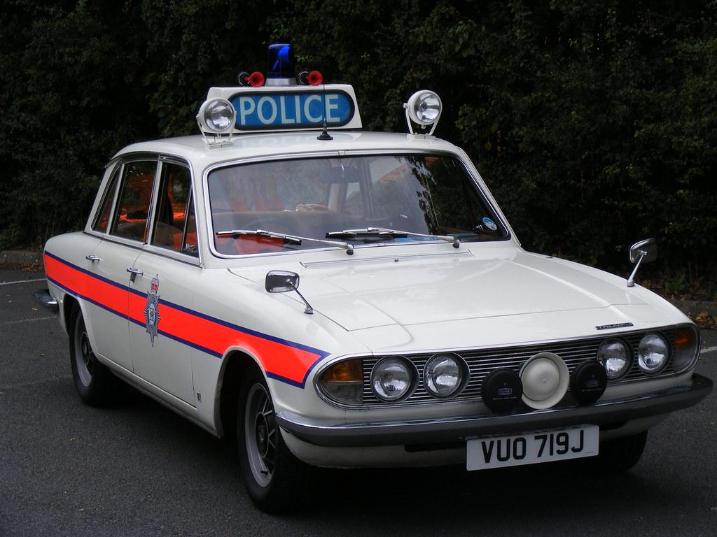 British classic Triumph white 2000 2500 2.5pi 70's old ...