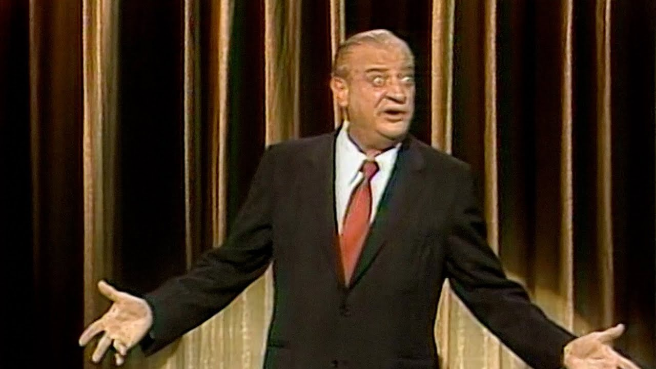 Rodney Dangerfield Has the Audience Roaring with Laughter ...