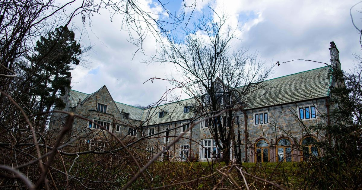 Russia to U.S.: Return Seized Diplomatic Compounds, or Else