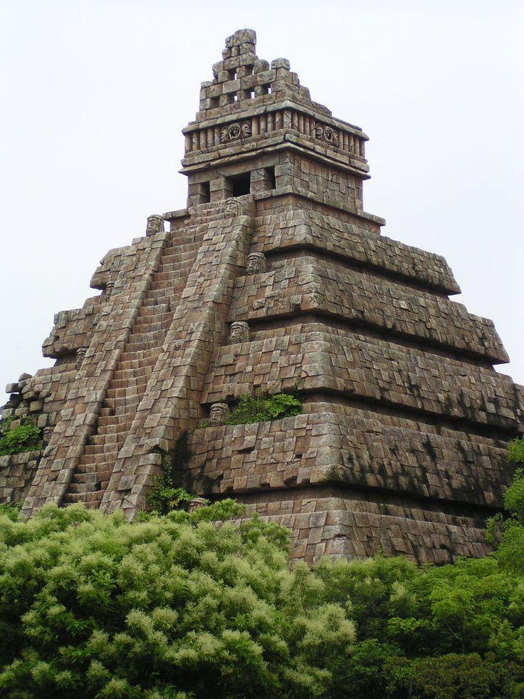 aztec temple | by pankun | Aztec, Mayan, Olmec, etc ...