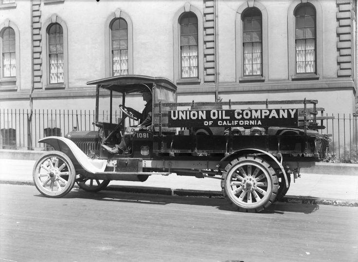 White Truck Union Oil of California   Vintage Trucks ...