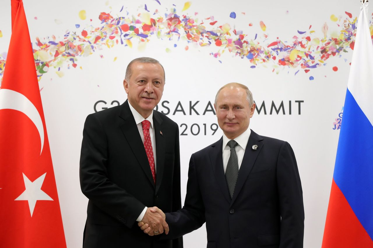 Flipboard: Turkey Receives Russian Missile System, Risking ...