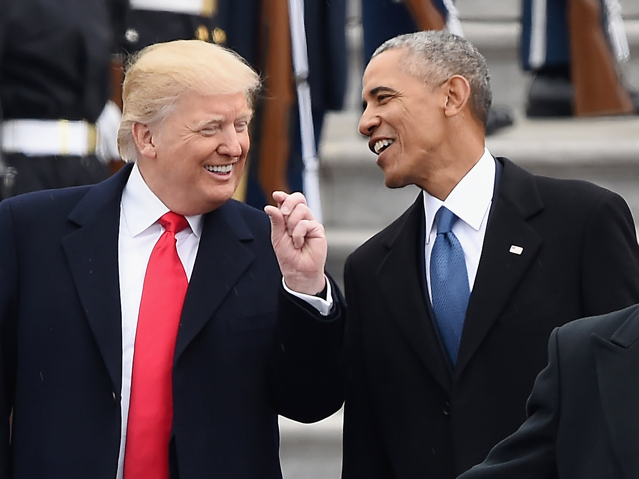 Barack Obama 'rolled his eyes' at Donald Trump's ...