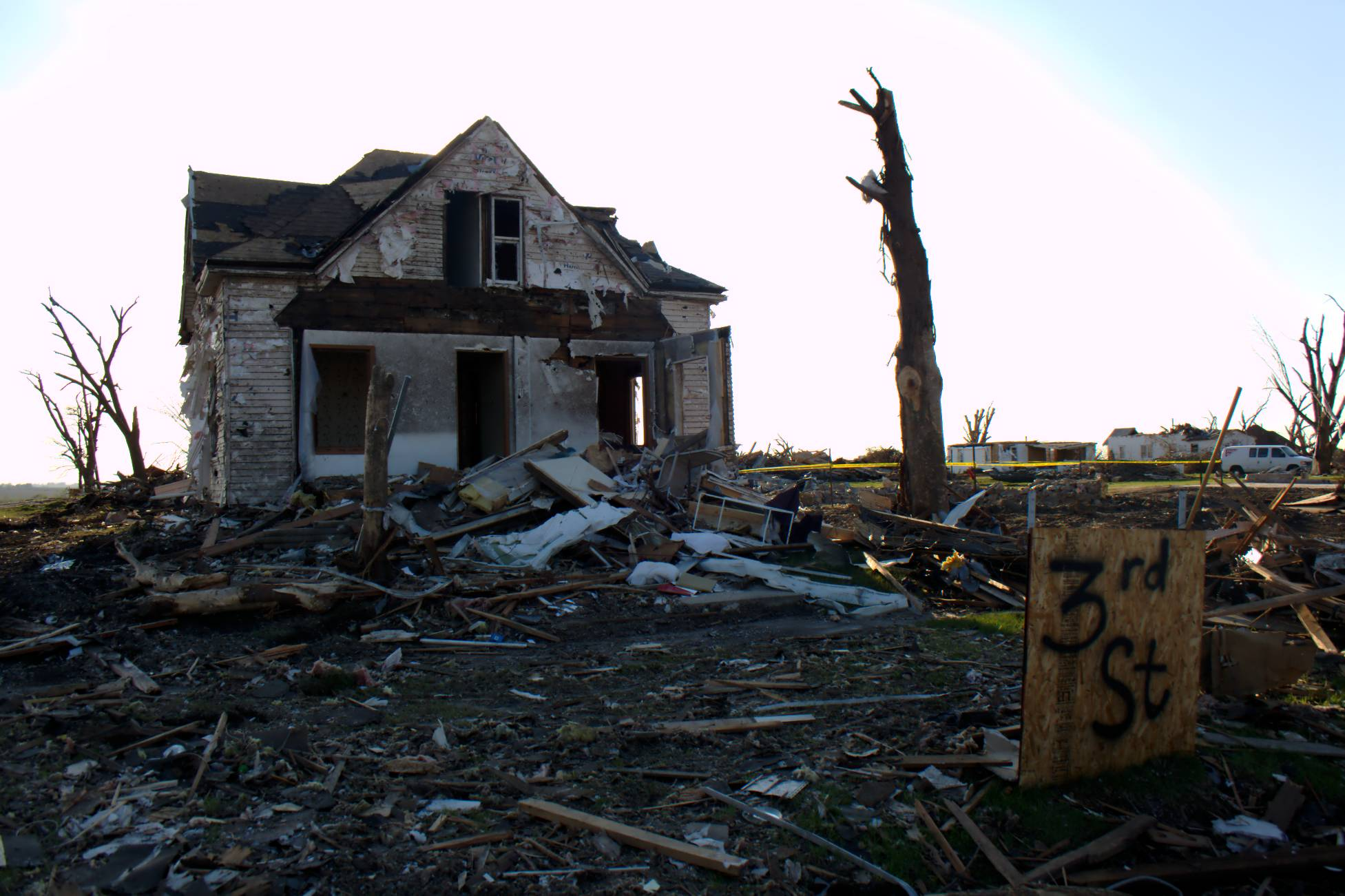 File:Tornado Destroyed House in Parkersburg, Iowa.jpg ...