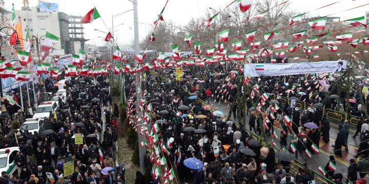 Iran Vaunts Military, Exults at US 'Dismay' as Revolution ...