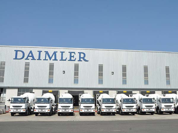 Daimler Electric Truck Plans In Works - DriveSpark News