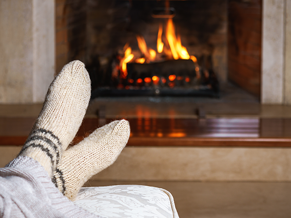 Why Spending Time Around the Fireplace is Relaxing - Early ...
