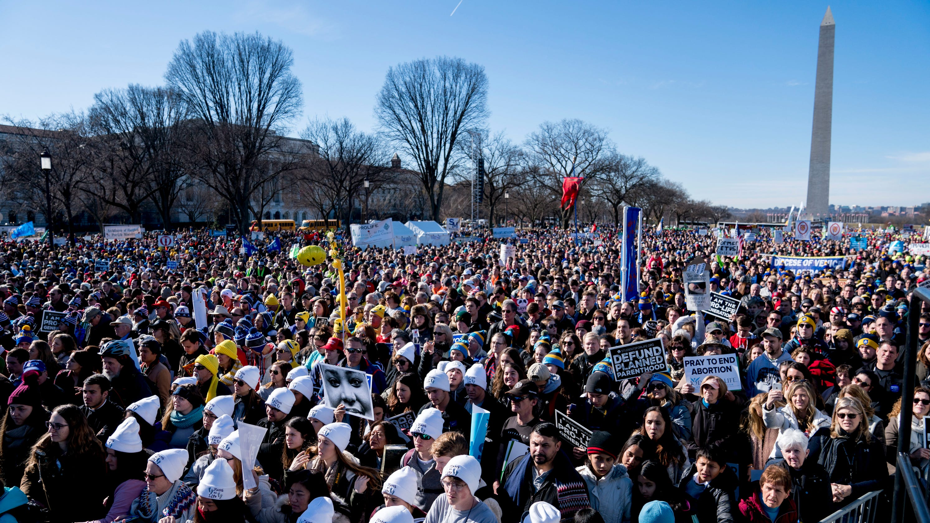 March for Life 2019 live: Thousands say 'all life matters'