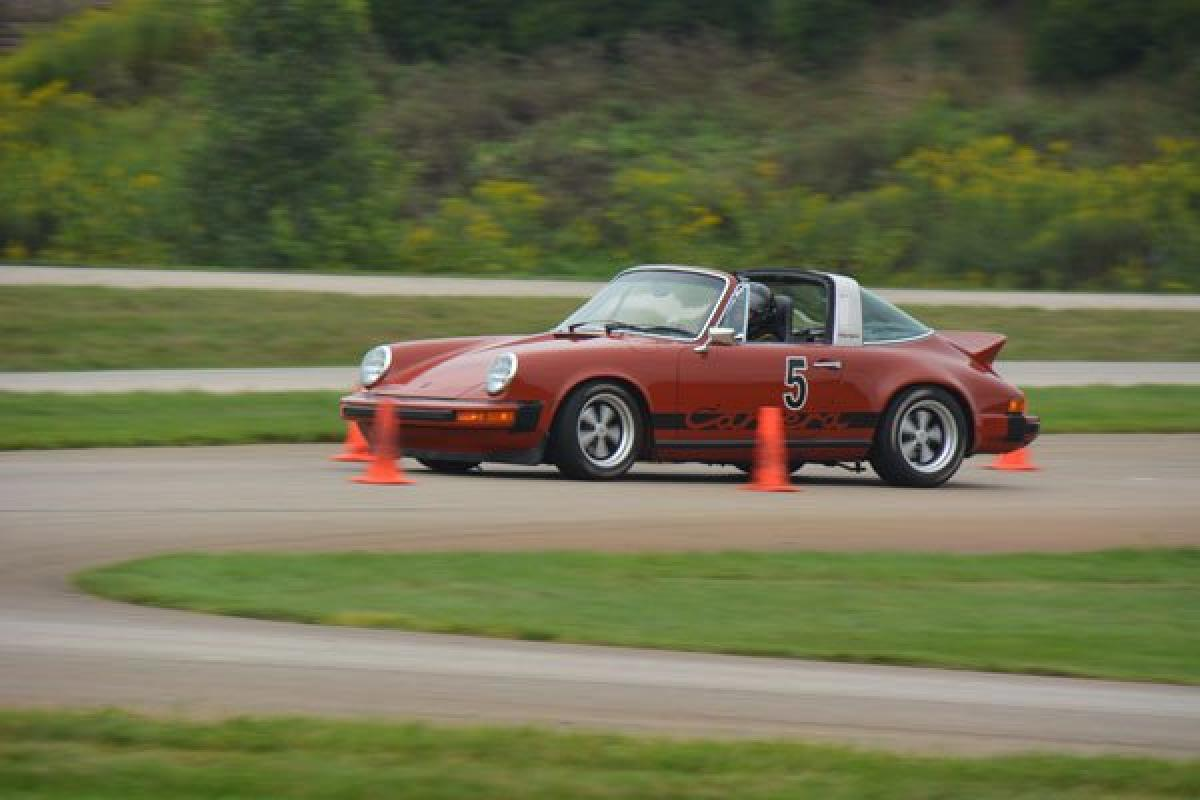 Michiana Autocross at The Tire Rack in South Bend IN Saturday, Oct 6, 2018 | Porsche Club of America