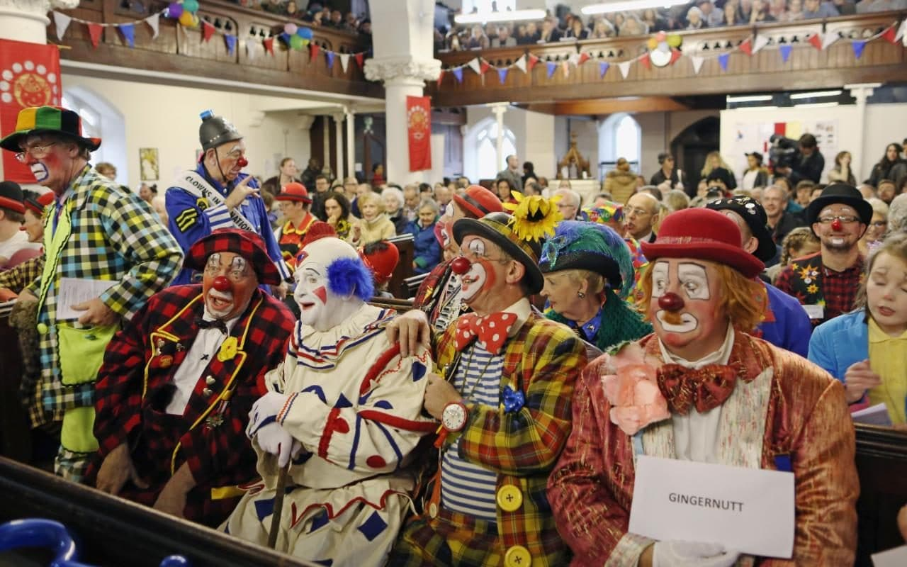 Clown craze: Now Russia wades in by warning its citizens ...