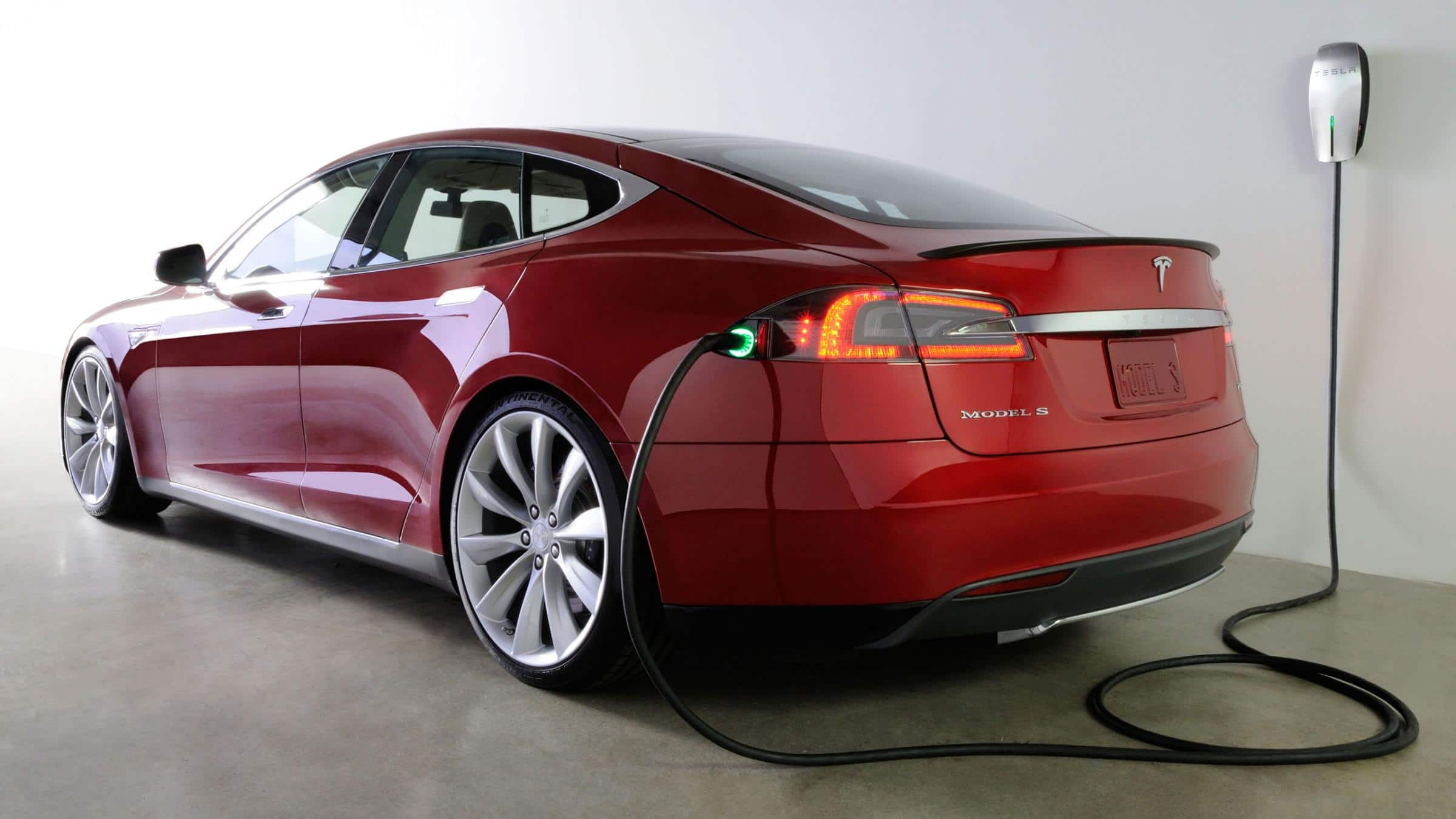 5 Common Electric-Car Questions Answered -- The Motley Fool