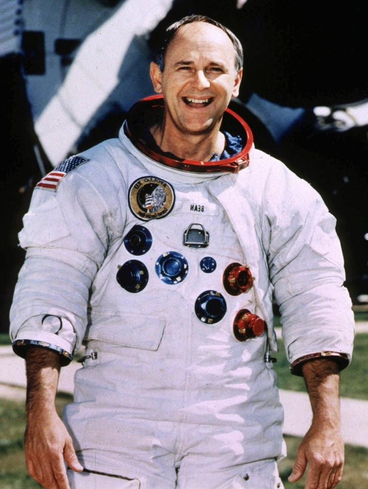 Astronaut Alan Bean reveals why we know aliens have NEVER ...