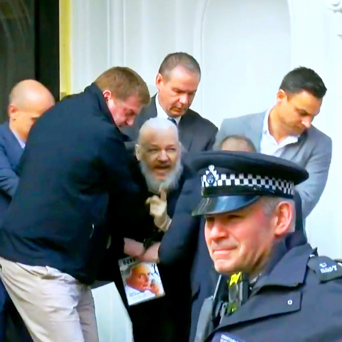 WikiLeaks founder Julian Assange arrested in London over 7 ...